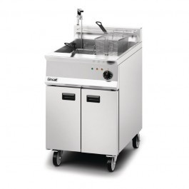 Lincat OE8108/OP Opus 800 Single Tank Electric Fryer with Oil Pump
