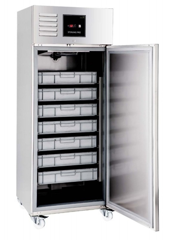 --- STERLING PRO Green GSPF-601 --- Upright Single Door Fish Storage Cabinet
